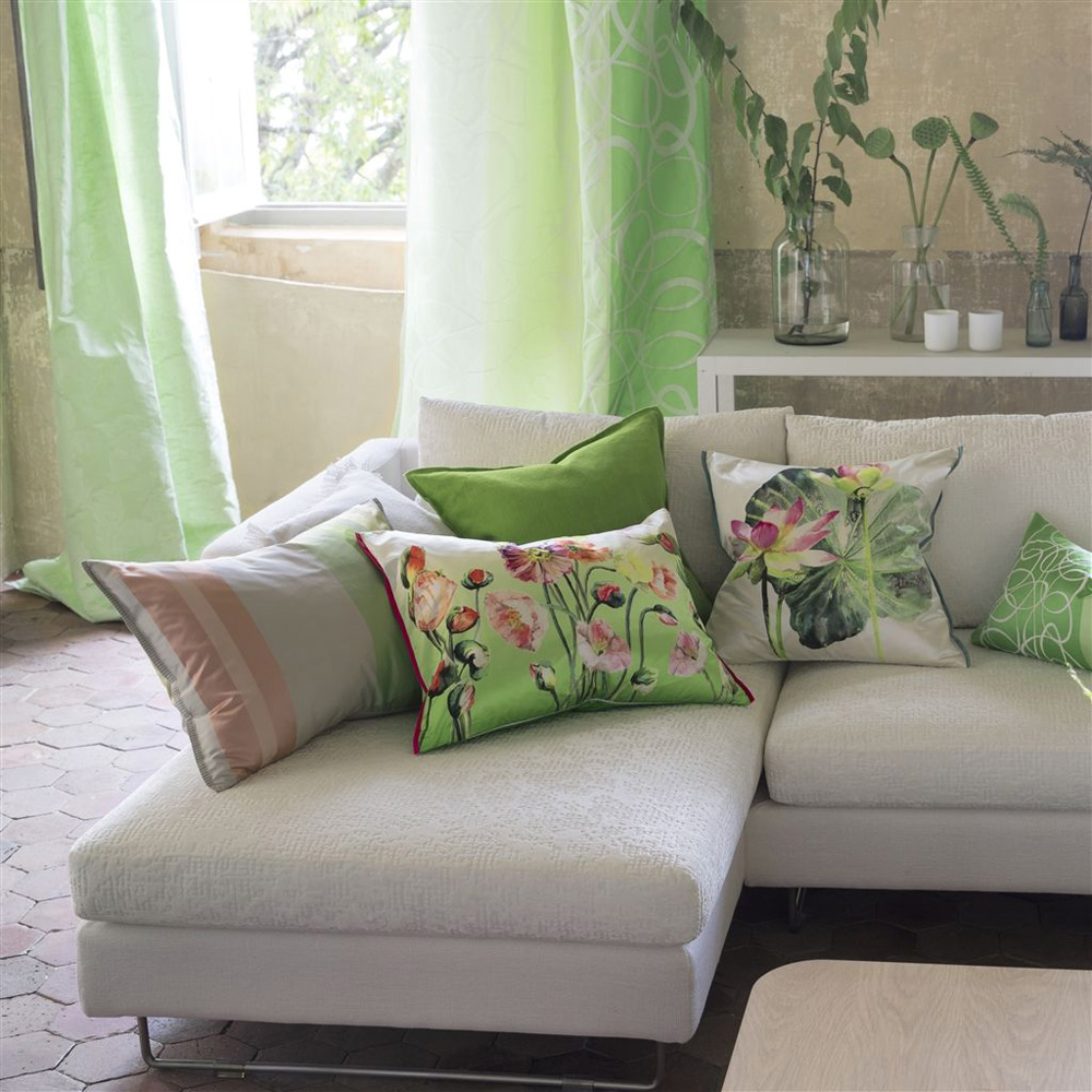 Designers Guild kussen Nymphaea Camellia