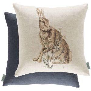Morris & Co kussen Forest Hare Linen