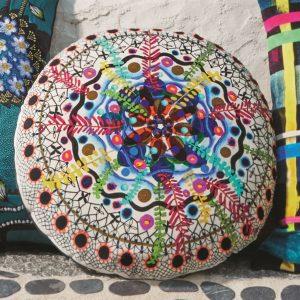 Christian Larcroix kussen Rosetta Multicolore