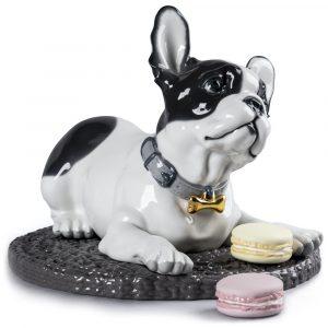 Lladró honden figuur French Bulldog met Macarons